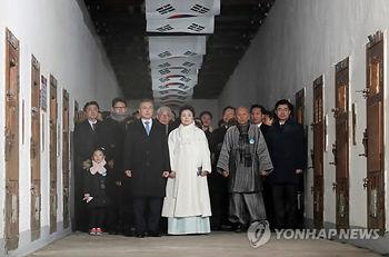 【韓国】三・一独立運動記念式で文大統領が演説 日本に「真の反省」求める