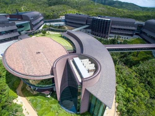 【教育】政府がスポンサーとなり予算1787億円をかけた沖縄「オイスト」の未来…学生・教員の半分以上は外国人