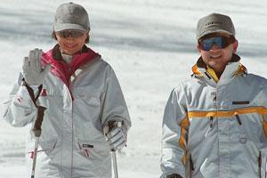 【悲報】雅子さま冬季アジア札幌大会へ皇太子さまに同行せず。『スキーには行くけど、公務は寒いから行きません(キリッ』