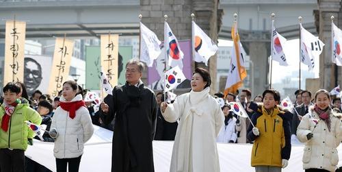 【断交】「韓国と断交しろ」…ムン大統領の3.1節演説でヤフージャパンのコメ欄に10万件以上の「断交賛成」爆発炎上中