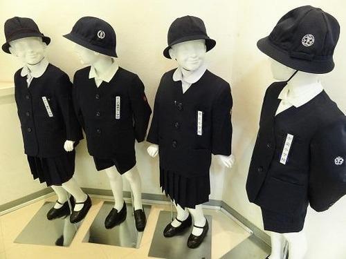 【東京・銀座】アルマーニ標準服導入の泰明小学校、シャネルやエルメスにも打診してたwwwwww