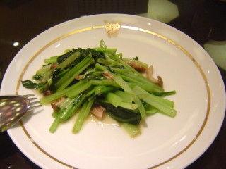 きのこと青菜の炒め