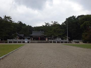 7-7-護国神社