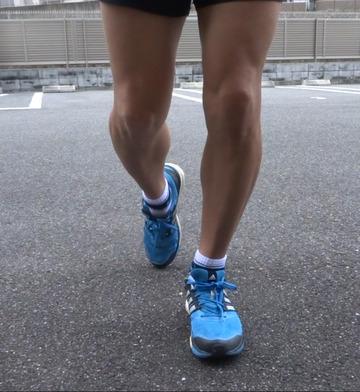 足首ストレッチ/五段活用(同時に前脛骨筋ストレッチ)