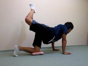 骨盤体操-足上げ-4