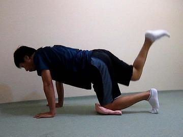 骨盤体操-足上げ-7