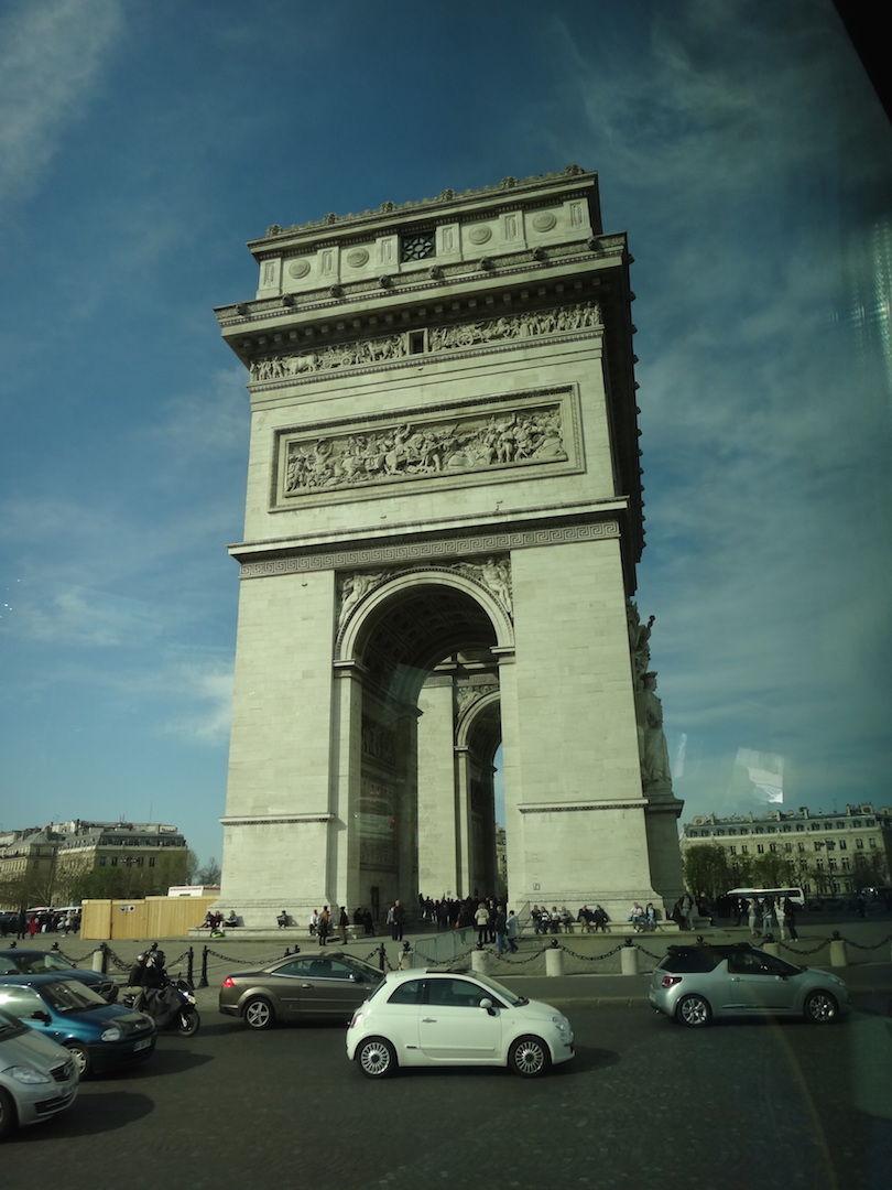 フランス エトワール凱旋門 横