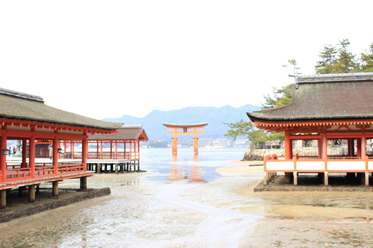 神秘的な広島の神社