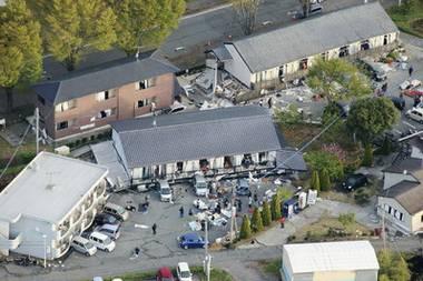 東海大学阿蘇の学生アパート倒壊