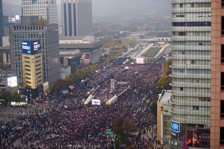 朴槿恵デモ2