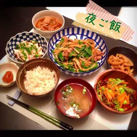 里田まい 料理
