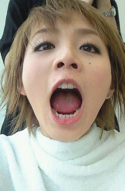 平野綾の鼻の穴