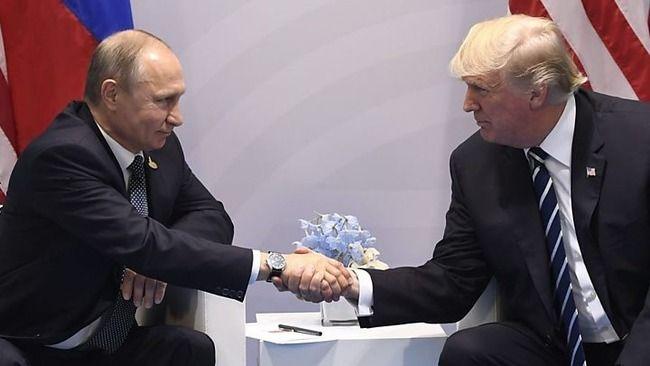 トランプとプーチンの握手怖すぎwww