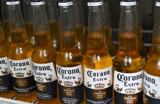 【悲報】アメリカ人の38%、コロナビールを「今は買わない」【コロナウイルス】