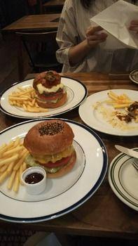 1300円のハンバーガー食べてきたよ!(※画像あり)