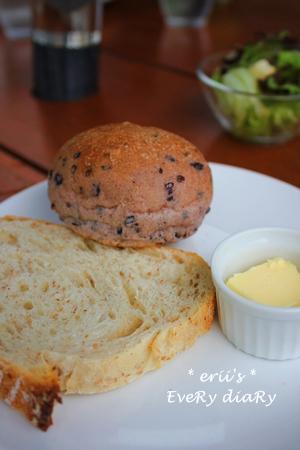 自家製無添加パン