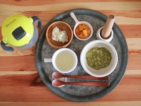 離乳食中期 小松菜
