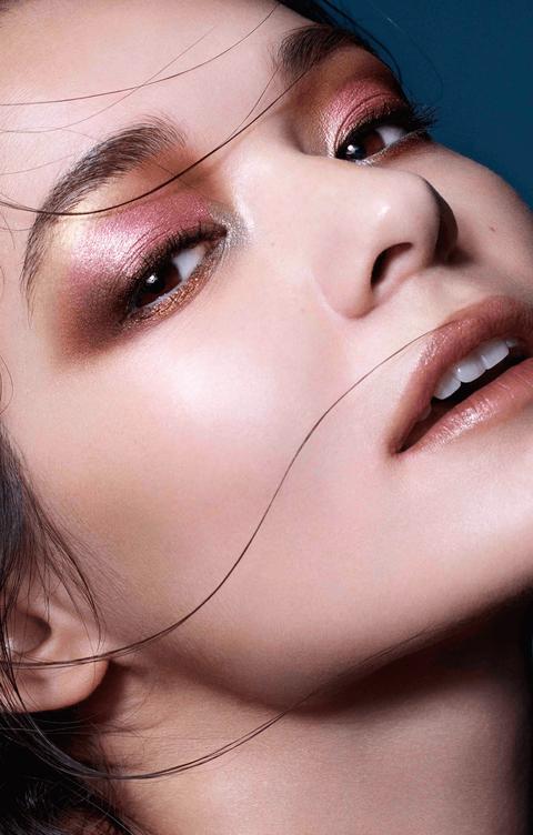makeup_model_180803_main