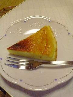 お土産のチーズケーキ