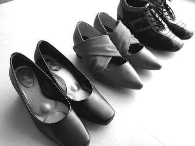 靴3足白黒