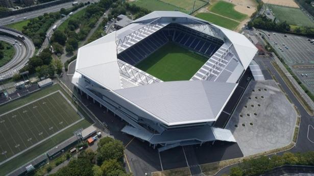 【画像】カンプノウ並みの衝撃。吹田スタジアムでサッカー観戦が変わる
