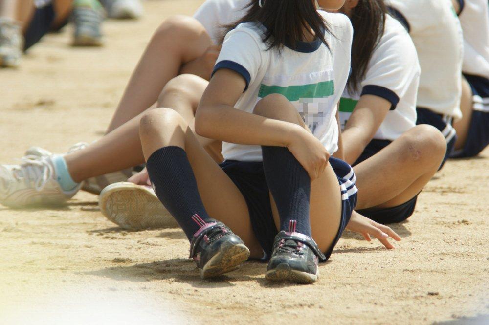 女子小学生のパンチラ->画像>17枚