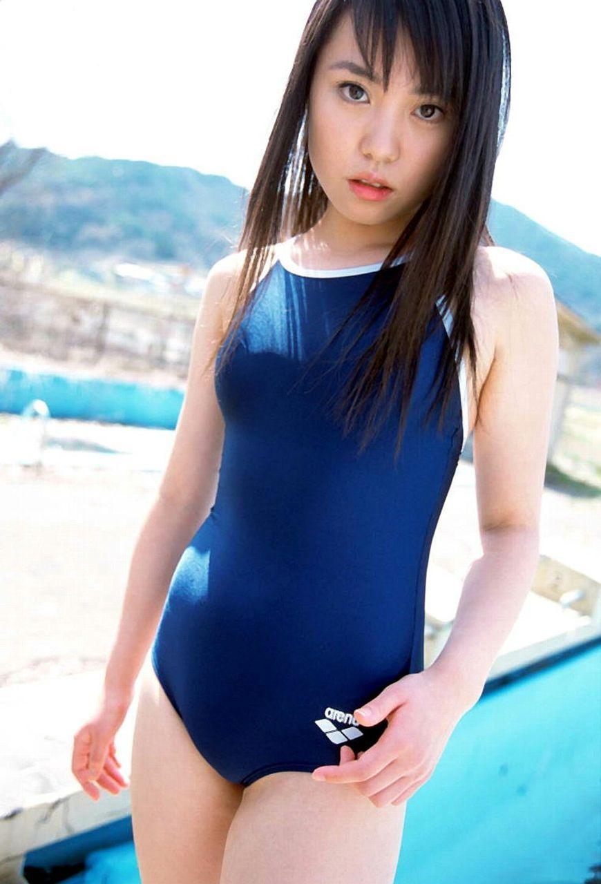 笹山りんの合法ロリなスクール水着画像