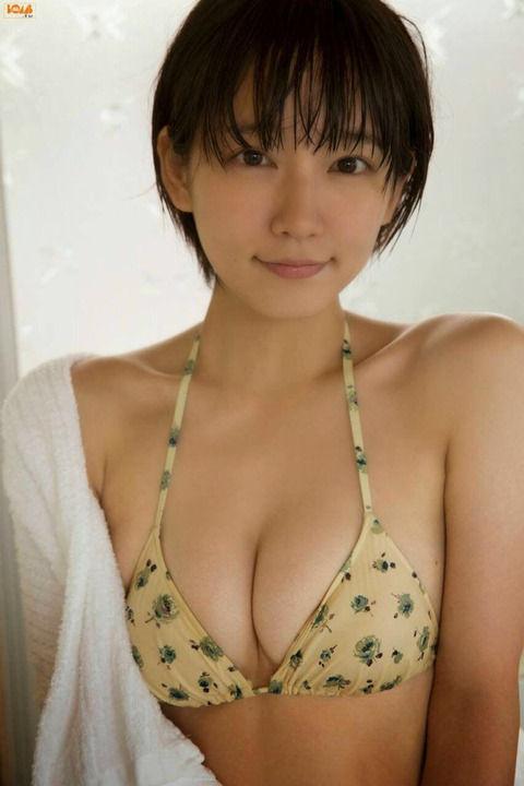 【神画像】吉岡里帆の巨乳お〇ぱいキターーーーーーー