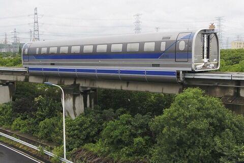 中国リニア、時速600キロ 試験走行、JRに迫る  [6/28]