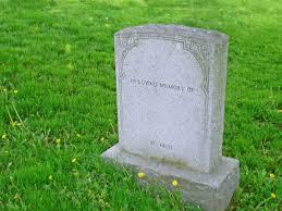 父が亡くなり、お墓を建てたが間違って異宗教の様式のお墓を建ててしまったらしく…