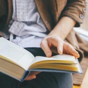 30代~40代「読書量」激減、思考停止のネットバカになっている事が判明