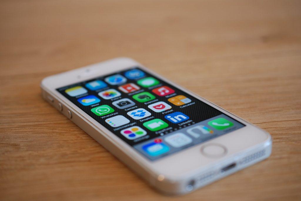 Apple iPhoneの黒歴史というべき機種はどれ??