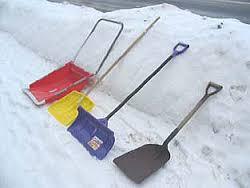 旦那と一緒に叔父の家の除雪作業!→終了後、旦那に「それより気が付かなかったか?」と言われ…