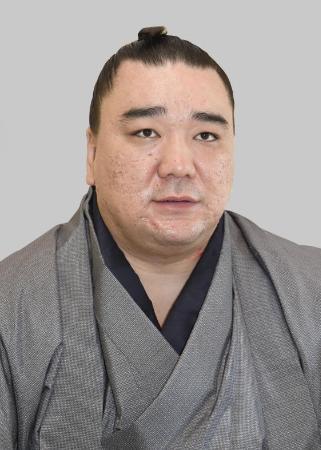 【大相撲】鳥取県警は日馬富士の起訴を求める「厳重処分」の意見を付けるとみられる 一両日中にも書類送検
