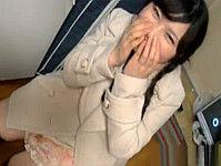 チョットおバカで笑える女の子をオジサンが美味しく中出ししました