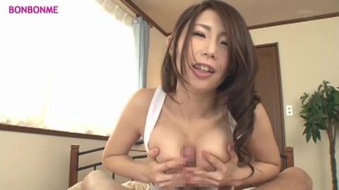 【篠田あゆみ】巨乳人妻のパイズリ