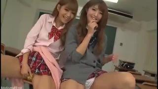 【紺野ひかる川村まや】女子高生コギャルのパンチラ手ヌキ