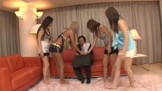 【立花樹里亜安西優子南レイ宮下つばさ】おっさんがギャル4人に犯される