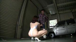 【西野エリカ】デカ尻ハイレグRQの痴女お姉さんがカメラ小僧を誘惑してオナニーの手伝い