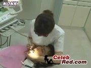 見事な巨乳を舐めさせてくれながら手コキヌキサービスのある歯医者さんんwそりゃ毎日激混みだわ!
