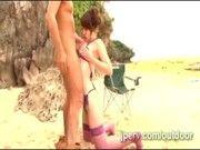 ガーター下着姿の巨乳白ギャルと浜辺で青姦3P