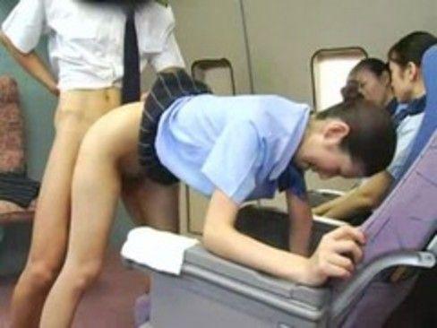 ちょwww機内でムラムラが頂点に達してしまったお客様に対する指導方法のお勉強会(笑)