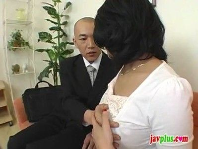 おちんちん大好き熟女が精子を絞り取る