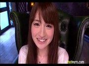 アイドル級美少女のデビュー作!ドキドキインタビューがカワイイ♪(新山沙弥)