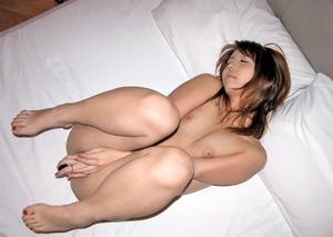 自慰する女のエロさは異常wwwwwwwww4