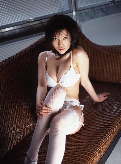 森下悠里 (40)