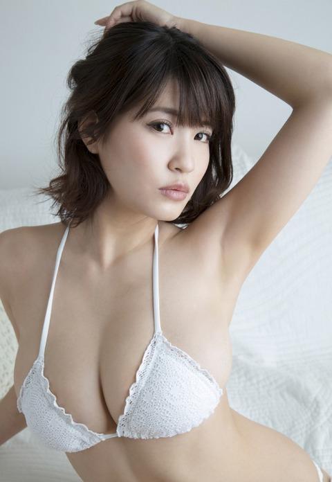 岸明日香 (26)