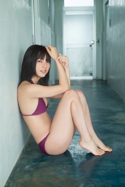 真野恵里菜 (38)