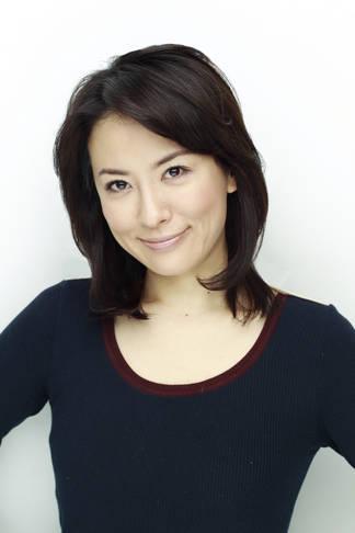 鈴木砂羽 (31)