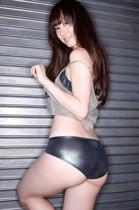 秋山莉奈b (42)